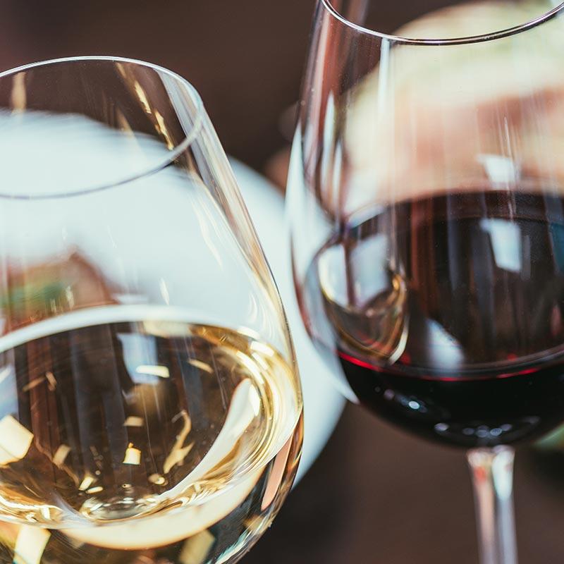 Vini di Sicilia: bianco e rosso da tavola